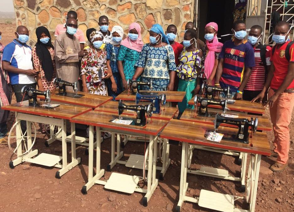 COVID-19 : Sewing Machines to support the making of face Mask in Hawa-Dembaya